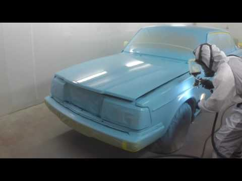 Spraying Volvo with Maxi-Miser Painting System – Paint China Test Girls picture car, high res