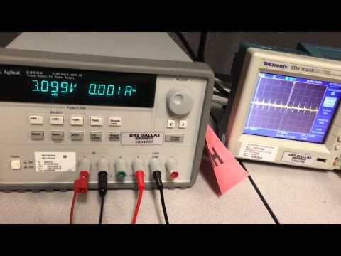 Voltage Controlled Oscillator (Schmitt Trigger + Integrator)
