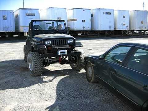 1992 jeep wrangler yj crawls onto lincoln 2 youtube. Black Bedroom Furniture Sets. Home Design Ideas