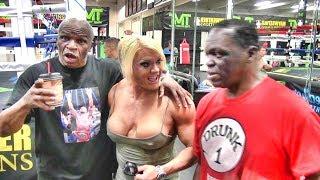 Floyd Mayweather Sr. & Jeff Mayweather fun with bodybuilder Lisa Cross