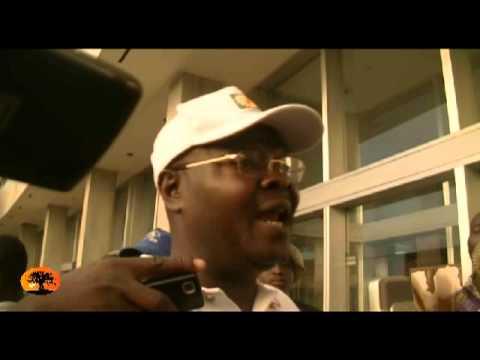 Agbéyomé Kodjo: il faut un dialogue pour faire descendre la tension [27/10/2012]