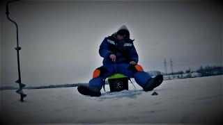 Ловля ОКУНЯ на МОРМЫШКУ Гвоздешарик просто Рулит Зимняя рыбалка 2021