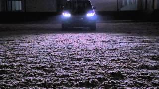 Prins Esclusivo, promo video New Range Rover SDV8 Vogue Santorini Black(http://www.prinsesclusivo.nl - Prins Esclusivo, het label van Wim Prins voor exclusieve auto's. De nieuwe (model 2013) Range Rover SDV8 is bij Prins Esclusivo ..., 2013-02-27T09:24:59.000Z)