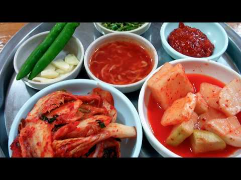 5 Reasons Why Koreans Eat Kimchi with Every Meal