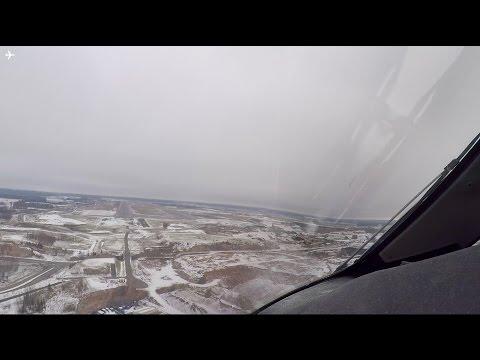 787-8 Dreamliner Cockpit View Landing into snowy Helsinki Airport