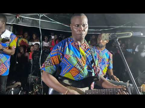 Download Barrister smooth _ Live stage Performance