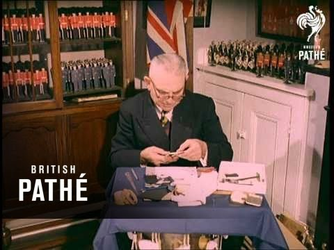 Papercraft Out Takes / Cuts From Cp 301 - Horse Trotting, Model Paper Soldiers And Billy Bunter Audition (1960)