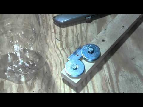 How to make a cord from plastic bottles or cans.