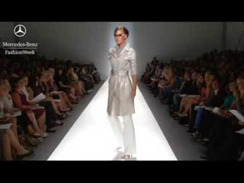 Pamella Roland Spring 2009 runway show, Mercedes-Benz Fashion Week