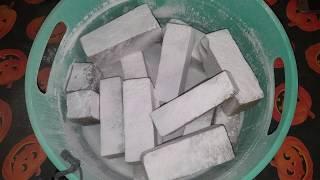 Baked Foam Sticks With Powder