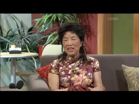 """Wing sings """"Beat It"""" on NZ TV!"""
