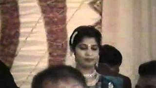 Aankh mare o ladki aankh mare - cover by Chitralekha Dixit  with Shailendra Malik--.