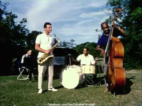 Soldaterkammerater rykker ud (1959) - Ack Värmland du sköna (Stan Getz Quartet)