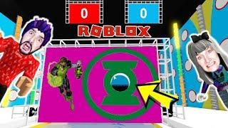Roblox: WER KOMMT DURCH DAS LOCH IN DER WAND? Hole in the Wall mit Nina + Kaan