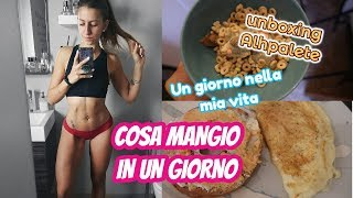 WHAT I EAT IN A DAY | Cosa mangio in un giorno? Vlog + Unboxing Alphalete