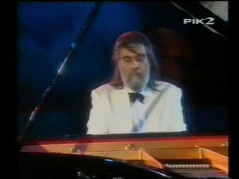 Chariots of Fire - Vangelis (Live in Athens - Greece)
