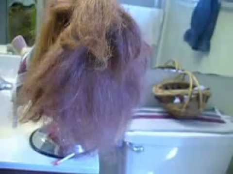 how to untangle and condition an american girl doll 39 s hair youtube. Black Bedroom Furniture Sets. Home Design Ideas