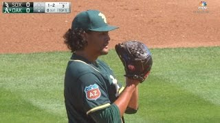 CWS@OAK: Manaea strikes out seven in solid start