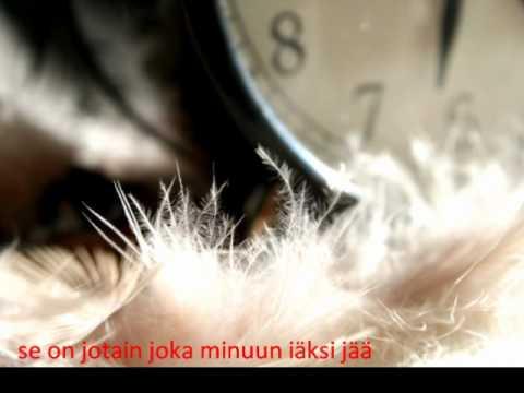 Annika Eklund-sinussa on jotain (lyrics)
