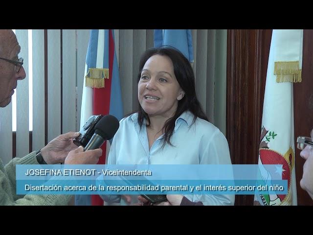 """ETIENOT DISERTÓ SOBRE """"EL NIÑO COMO SUJETO DE DERECHOS, DIFERENCIADO DE SUS PROGENITORES"""""""