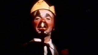 Video O Rei da Vela - Teatro Oficina download MP3, 3GP, MP4, WEBM, AVI, FLV November 2017