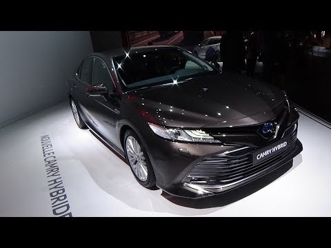 Toyota Camry Hybrid - Exterior and Interior - Paris Auto Show