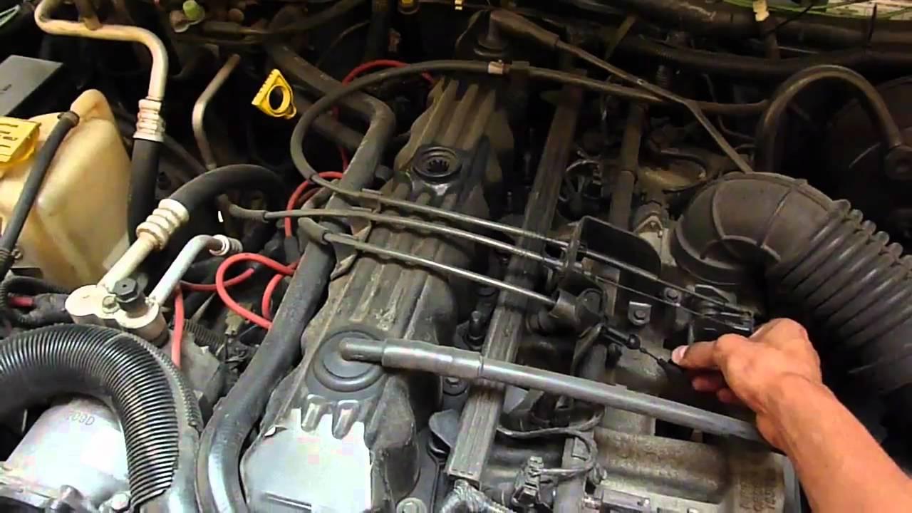 Jeep Cherokee Sport 98 Sonido De Escape Y Motor Youtube