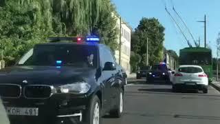 Kauno gatvėmis skriejo gerai apsaugotas kortežas