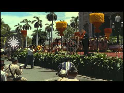 In Hawaii, the 50 star flag replaces the 49 star flag at a July 4, 1960 ceremony.