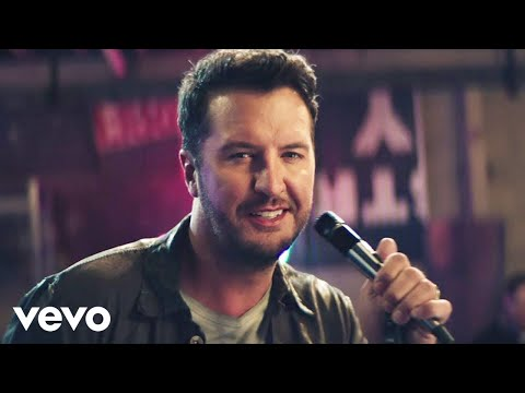 Big D Vegas - Luke Bryan Releases Knockin Boots Video