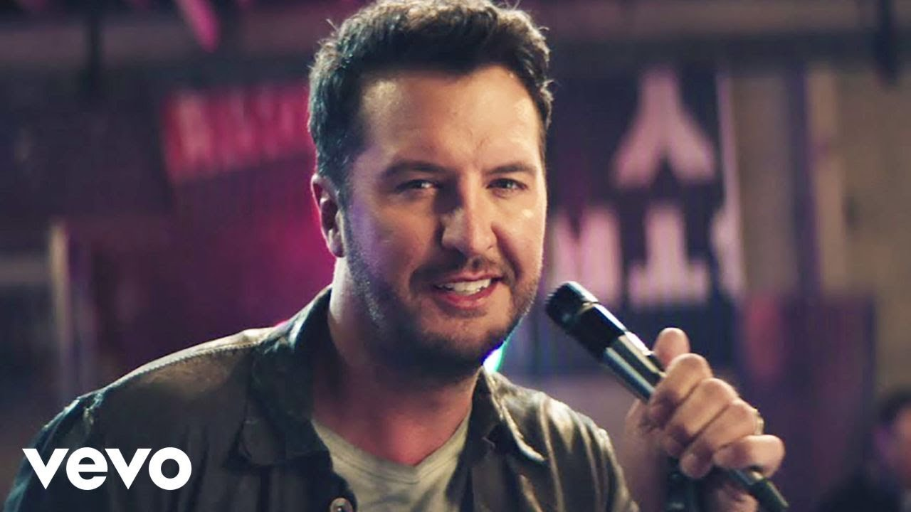 Luke Bryan - Knockin' Boots (Official Music Video)