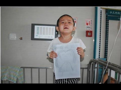 Mẹ bỏ đi. Bé 4 tuổi ung thư máu vẽ chân dung mẹ cho đỡ nhớ