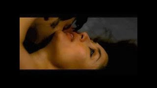 Download Video Kareena Kapoor and Arjun Rampal nail this sex scene! MP3 3GP MP4
