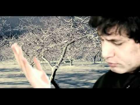 YouTube - parhna qaseeda by sikander khaqan.flv
