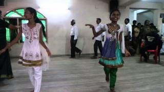 Nari varuthu tamil song