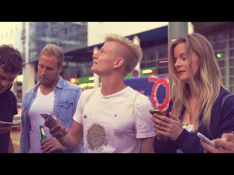 Berliner Pilsner - Berlins grösstes Bierglass | Streetart Urban Art | Videoproduktion Berlin
