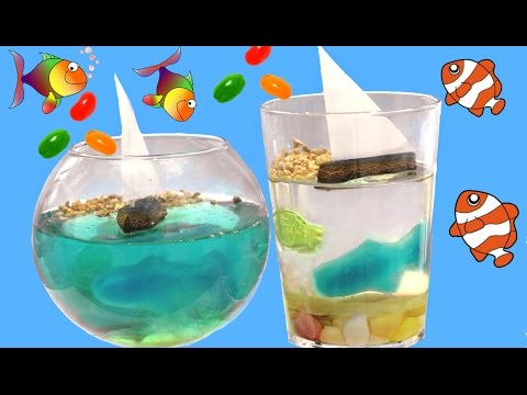 Acuario de gelatina con Jelly beans, peces de chuches y regaliz. Marine gelatin