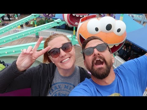super-silly-day-at-universal-studios-hollywood-|-minions,-new-merch-&-the-best-theme-show!
