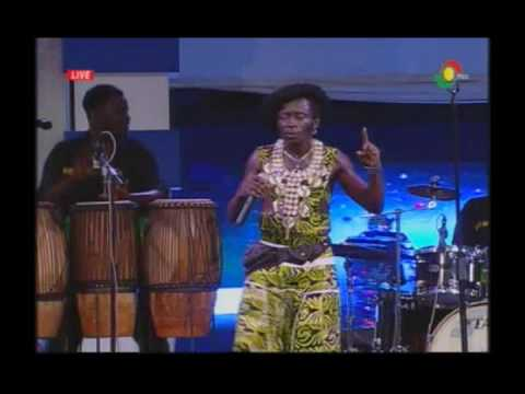 Afro Moses Brewaa live on TV3 Music Music