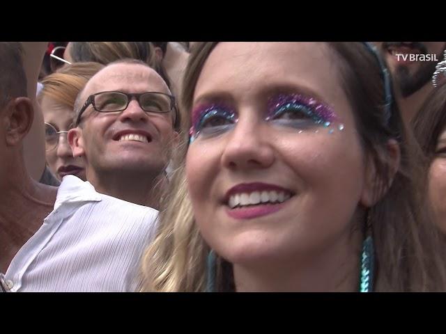 Blocos de Carnaval animam festa no Rio de Janeiro