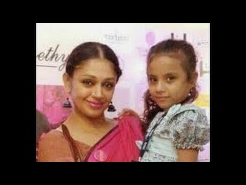 Shobana With Adopted Daughter At Guruvayur Temple Youtube Family idioms (father,mother, sons, daughters,house). shobana with adopted daughter at guruvayur temple