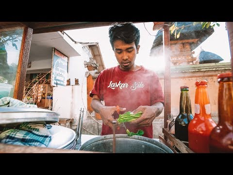 A Day In The Life Of A Bakso (Meatball) Street Vendor In Bali