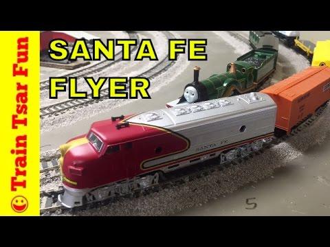 Santa Fe Flyer Life-Like HO Scale Train Set Unboxing, Testing, and Crashing