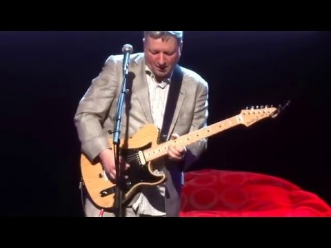 Squeeze - Another nail in my heart @ The Paramount 12-12-15