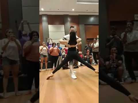 Bachata Sensual Mitch and Ellicia workshop at the PIDC 2018 festival In India