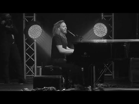 Tim Minchin & Tom Fisher - Shine A Light  (by The Rolling Stones)