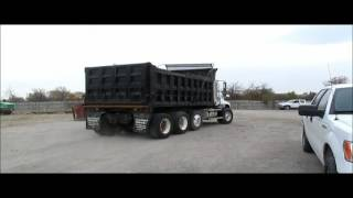 2001 Mack Vision CX613 dump truck for sale | sold at auction December 17, 2015