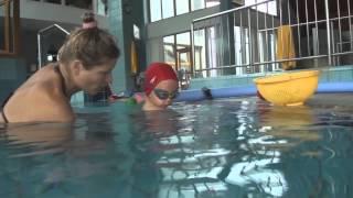 Плавательные навыки малышей при занятиях в плав.средствах (ласты, круги, нудлс)