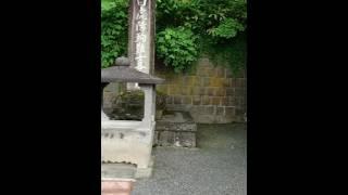 城下を望んだ白虎隊士の少年たちは燃える炎を見て会津若松城が落城した...