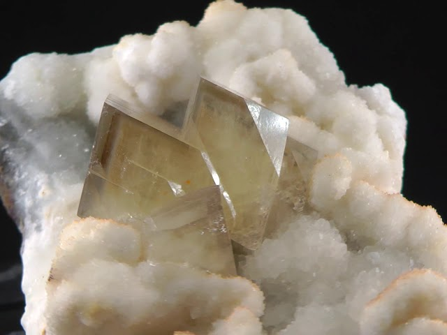 GFS0087 BARYTE - CHINA
